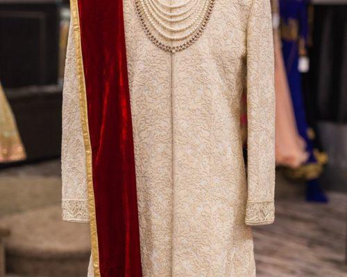 bea9bc2d2f8448c25fae07707d39e715--sherwani-groom-wedding-sherwani